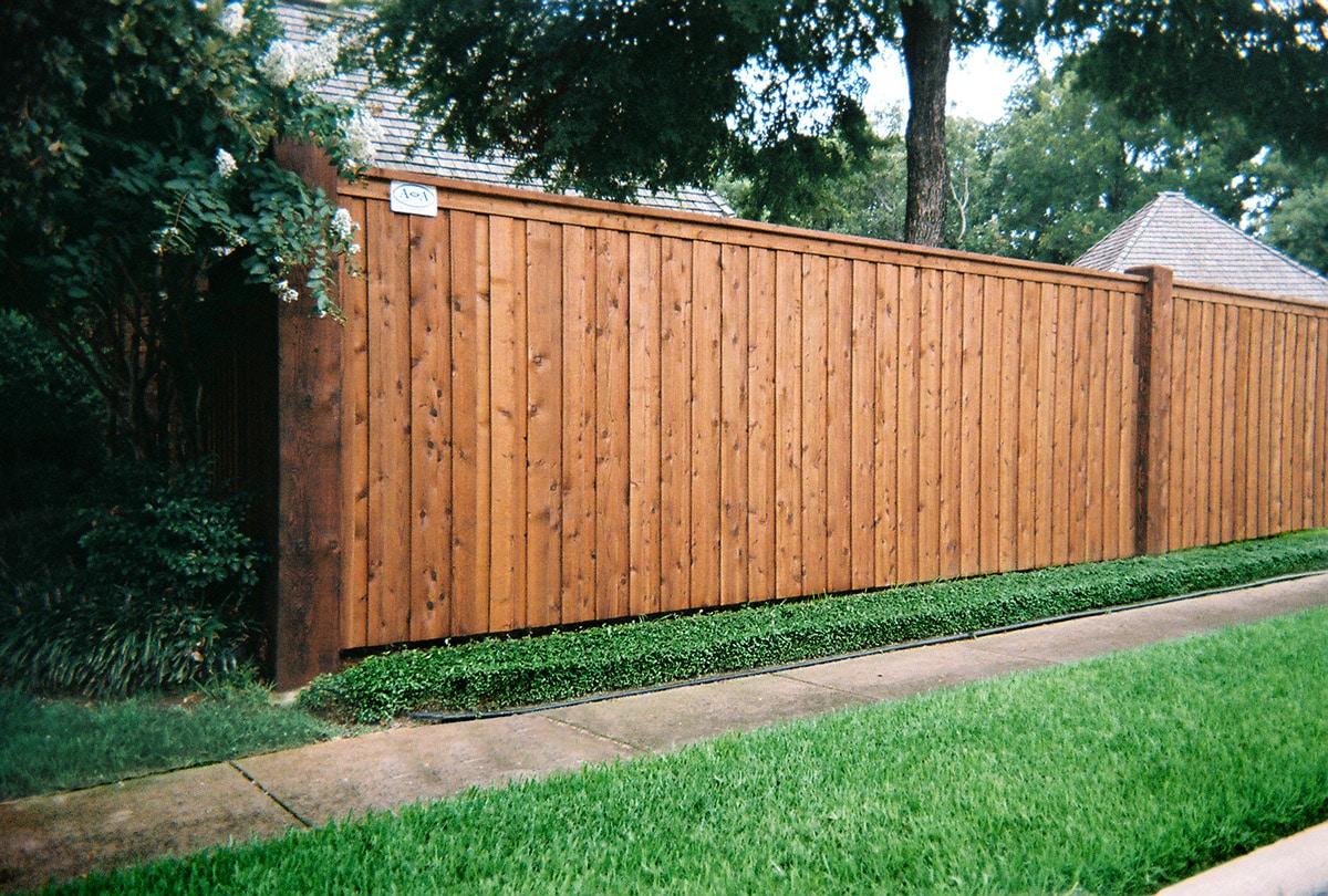 Residential Fence Builder | Cedar Wood Fences | Arlington, TX